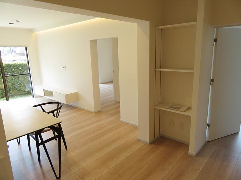 マンション一室のオーダー家具を納品しました。