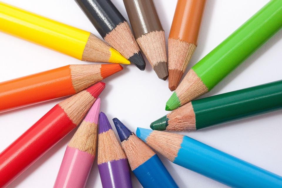 家具の色を選ぶ時のコツまとめ!床にマッチしたコーディネート3つ