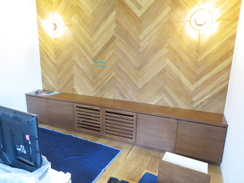 壁面収納テレビ台とシステムキッチンの オーダー家具を納品しました!お客様のお部屋-大牟田市O様邸-